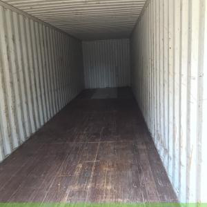 ben trong container 40 feet